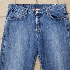 "Women's Lucky Buttonfly Jeans Size 12, 33"" X 32"""